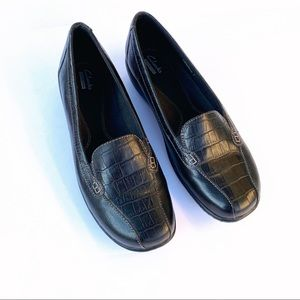 Clarks 10 Black leather flats Comfort Loafer Shoes